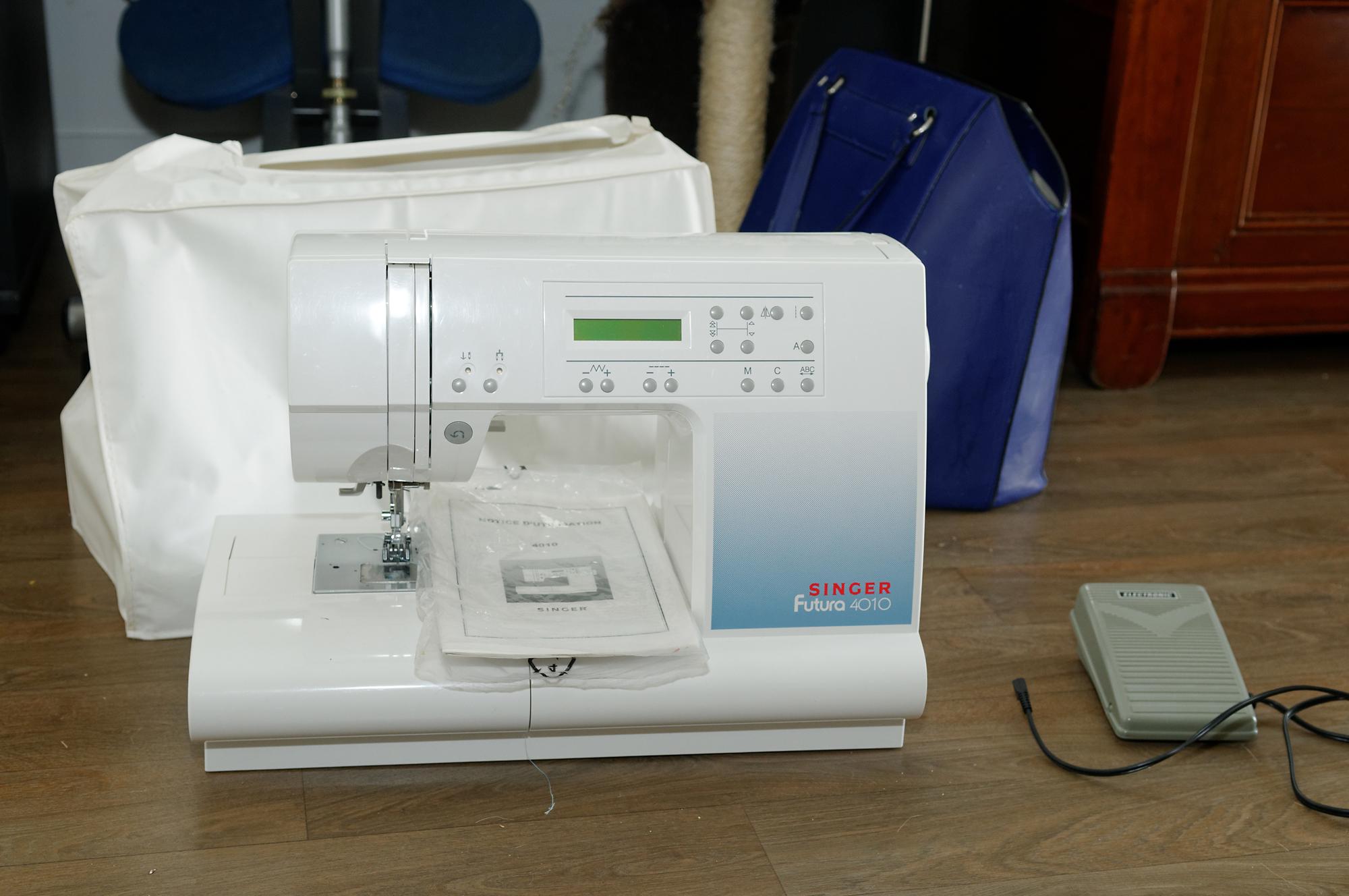 La f e cousette machine coudre vendre for Machine a coudre 2015